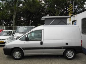 fiat-scudo-kampeerwagen-diesel-zilver-003--76622187-Medium